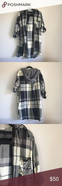 """Zara Plaid Jacket Zara midi hoodie plaid jacket. Length falls just around the back of my thighs. Sleeve length up to forearm/wrist when unrolled. Cute studs on left breast pocket. Grey hoodie detachable. Oversized look so could fit up to a typical """"medium"""" frame. Never worn before. Cute for that grungy vibe! Zara Jackets & Coats"""