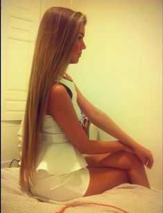 Long straight hair <3