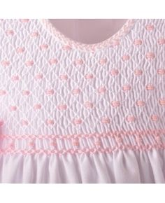 full bodice smocking and embroidery on the binding Smocking Baby, Smocking Plates, Smocking Patterns, Sewing Patterns, Embroidery Stitches, Embroidery Patterns, Hand Embroidery, Punto Smok, Smocked Baby Clothes