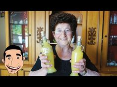 Limoncello is one of the most famous Italian liqueurs in the world. find out the three ingredients that make up my Nonna's amazing limoncello recipe Making Limoncello, Limoncello Recipe, Homemade Limoncello, Fun Drinks, Yummy Drinks, Alcoholic Drinks, Cocktails, Jello Fondant, Marmalade