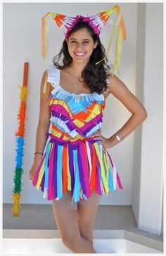 51 DIY Halloween costumes to make for yourself or your kids this year! DIY Halloween costumes are so much more fun than buying one in. Pinata Halloween Costume, Diy Halloween Costumes For Girls, Diy Costumes, Halloween Diy, Costume Ideas, Teen Costumes, Women Halloween, Halloween Fashion, Halloween Clothes