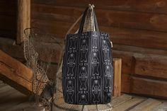 Aapiste - Design by Riikka Kaartilanmäki Bag Design, Seal, Reusable Tote Bags, Textiles, Prints, Collection, Shopping Bag Design, Fabrics, Harbor Seal