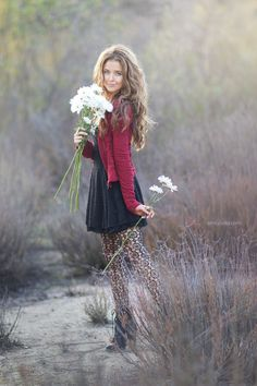 Bring in fresh flowers. Nice contrast for that in between season. Love this outfit for senior pictures! Senior Picture Poses, Senior Girl Poses, Girl Senior Pictures, Senior Girls, Senior Photos, Senior Photo Shoots, Winter Senior Pictures, Senior Pictures Balloons, Senior Portraits Girl