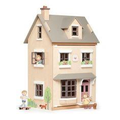 Wooden Dollhouse, Wooden Dolls, Dollhouse Furniture, Furniture Making, Home Furniture, Furniture Sets, Kitchen Furniture, Garden Furniture, Modern Furniture