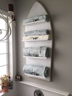 Find 16 over the top creative boat cleat decorating ideas for coastal decor here. DIY nautical decor ideas that are perfect for a lake house or beach house. #beachhousedecornautical #beachhousedecordiy #beachhousedecorideas
