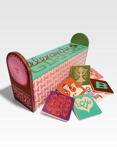 Who has a reach crush on Alexander Girard's memory game? Hmmm!
