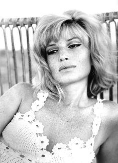Monica Vitti, davvero una FANTASTICA italiana! - Monica Vitti, italian beauty!