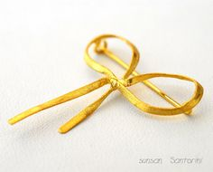 Gold Ribbon Bow Brooch 18K by SunSan on Etsy, $320.00