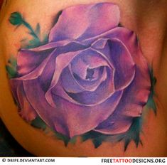 A big real looking purple rose tattoo. Purple roses also can . Lila Tattoos, Baby Tattoos, Up Tattoos, Cool Tattoos, Tatoos, Purple Flower Tattoos, Tattoos To Cover Scars, Cover Tattoo, Rose Tattoo Meaning