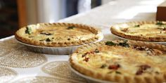 Gluten Free Quiche Quiches have been, and will always remain a classic. This one is unique, however, as it does not require any flour at all. It is a high protein, high fat breakfast choice and is extremely filling.  To make, you'll need:  6 bacon strips finely chopped (turkey or pork, your choice) 4 eggs 5 ounces Swiss cheese 3 ounces parmesan cheese One cup half and half cream Half of a cup chopped onions Instructions: <visit website>