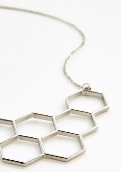 Nectar in Line Necklace in Silver