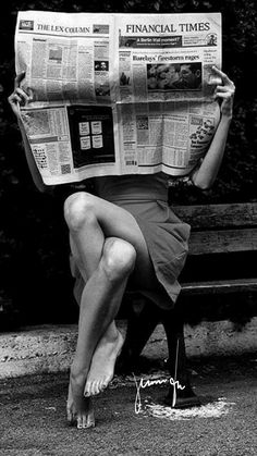 Black & White Photography Inspiration : any tips - Street Photography Amazing Photography, Street Photography, Portrait Photography, Photography Magazine, Photography Tips, Feminine Photography, Monochrome Photography, Urban Photography, Vintage Style Photography