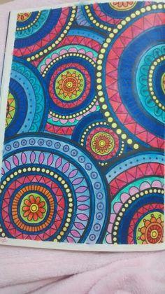 """Décima segunda ilustração de """"O livro anti-insônica"""". The Can't Sleep Colouring Book (Creative Colouring for Grown-Ups)"""