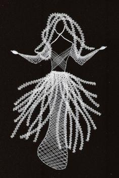 cm x 20 cm) Lace Art, Bobbin Lace Patterns, Human Figures, Lace Jewelry, String Art, Lace Detail, Silhouettes, Creativity, Tulle