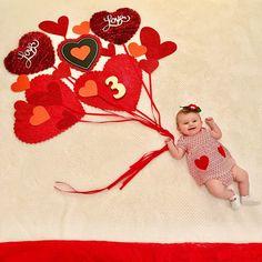 Monthly Baby Photos, Newborn Baby Photos, Baby Poses, Baby Girl Photos, Baby Boy Photo Shoot, Baby Photo Shoots, Baby Monthly Milestones, Foto Baby, Newborn Baby Photography