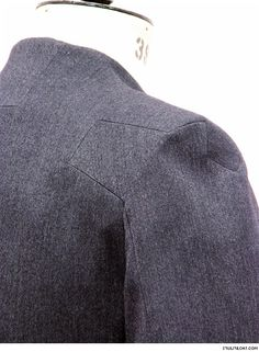 Innovative Pattern Cutting - coat with panelled sleeve detail; tailoring; sewing inspiration; close up fashion // Sruli Recht