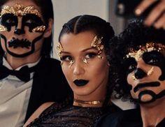 Tips til kveldens Halloween-sminke finner du på ELLE.no  Foto: Dior via ELLE NORWAY MAGAZINE OFFICIAL INSTAGRAM - Fashion Campaigns  Haute Couture  Advertising  Editorial Photography  Magazine Cover Designs  Supermodels  Runway Models