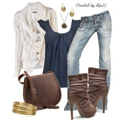 Cute club outfit for fall
