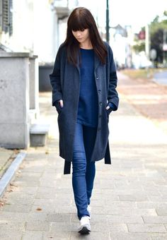 outfit navy oversized long coat monochrome