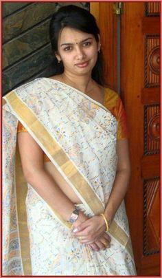 Beautiful Women Over 40, Beautiful Girl Indian, Beautiful Saree, Beautiful Indian Actress, Beautiful Gorgeous, Beautiful Models, Cute Beauty, Beauty Full Girl, Beauty Women