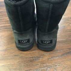 Ugg boots Classic black short ugg boots size W5 UGG Shoes Winter & Rain Boots
