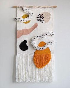 Little to my favorite piece Swipe left to check out the details . Little to my favorite piece Swipe left to check out the details . Weaving Textiles, Weaving Art, Tapestry Weaving, Loom Weaving, Tapestry Crochet, Weaving Patterns, Knitting Patterns, Weaving Wall Hanging, Wall Hangings
