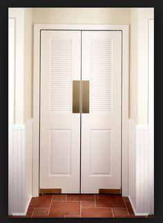 Swinging door to pantry