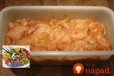 My podávame s hranolkami, ryžou, zemiakmi, alebo v pšeničnej placke. Mäsko je výborné, jemne pikantné a ultrarýchle. Potrebujeme: 500 g kuracie prsia 1 lyžicu paradajkového pretlaku alebo kečupu 1-2 strúčiky cesnaku pretlačené Červená paprika (pikantná aj sladká) Sójová omáčka 2-3 lyžičky 100 ml oleja Soľ, čierne korenie, oregano, bazalka prípadne iné korenie Môžeme pridať aj...