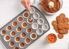 Canned Pumpkin, Pumpkin Pie Spice, Pumpkin Puree, Cheesecake Bites, Pumpkin Cheesecake, Pumpkin Recipes, Cake Recipes, Filled Cupcakes, Ginger Snap Cookies