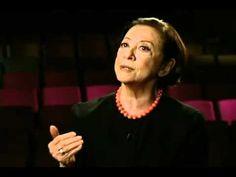 Fernanda Montenegro recitando Simone Beauvoir - Globo News