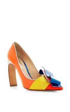 Roksanda Color Block Curved Heel Pump by Nicholas Kirkwood - Moda Operandi
