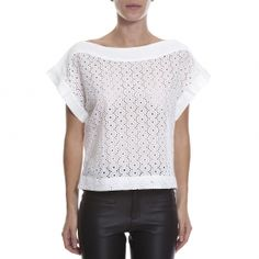 look blusa detalhe em laise - BúsquedadeGoogle Sewing Clothes, Blouse Designs, Casual Outfits, Boutique, Clothes For Women, Knitting, Womens Fashion, Beauty, Erika
