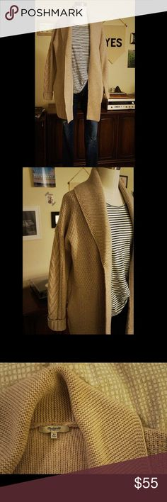 Madewell Shawl Collar Sweater Beautiful, ivory shawl collar sweater with subtle cable knit details. 100% Merino Wool. Madewell Sweaters Cardigans