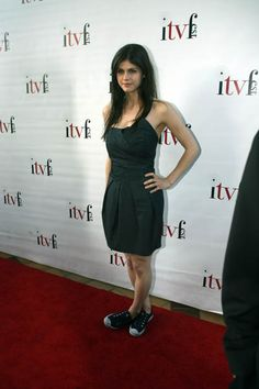 Alexandra Daddario  dress+converse