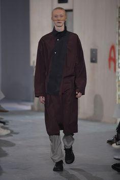 Kiko Kostadinov   Menswear - Spring 2018   Look 19-SPORTSCORE/NEW FORMAL/NEW CLASSICS/POST PSY/ POST RAVE