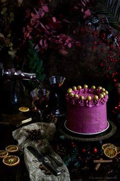 Tarta de Glühwein spiced wine & chocolate cake