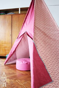 Adorable teepee by Tipi Time suitable for kid's room and outdoor fun ;)