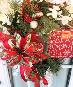 Christmas Wreaths For Front Door, Christmas Mantels, Christmas Ribbon, Holiday Wreaths, Winter Christmas, Christmas Decorations, Winter Wreaths, Christmas Gifts, Indoor Wreath