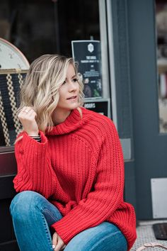 Red Chunky Sweater - Cable knit sweater - Oversized Sweater - Short Hairstyle -