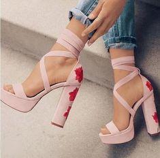 db1d0eae Venta caliente Rosa Floral bordado de sandalias de tacones Chunky plataforma  Sandalias de tacón alto Zapatos