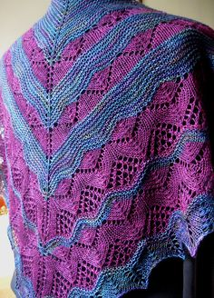 Ravelry: MistySnow's A Lovely Day in Singapore Shawl - #14/2011