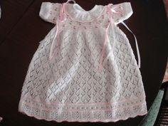 EL BAUL DE NAYA: Regalazo... y ropa para bebes,niñas y niños hecha a mano...