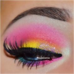 Beautiful look at these oh so pretty stacked lashes from @ardell_lashes  Eyeshadows are from the @bhcosmetics Party Girl palette and the glitter is Tiny Tart from @eyekandycosmetics   @aurevoirxo