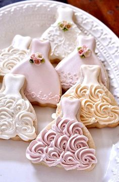 72 Pieces Petite Sized Wedding Dress Cookies by MarinoldCakes Fancy Cookies, Iced Cookies, Royal Icing Cookies, Cookies Et Biscuits, Sugar Cookies, Owl Cookies, Heart Cookies, Valentine Cookies, Easter Cookies