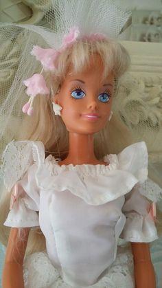 Vintage wedding day sindy doll