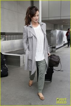 Minka Kelly: Excited to Get Home to My Loved Ones!   Minka Kelly Photos   Just Jared