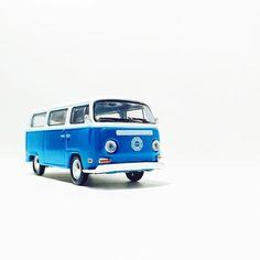 Van Life #volkswagen #van #toypics #toycrew #diecast #vw #vdub #LaLD #liveandletdiecast #greenlight #lost #hollywood #tv
