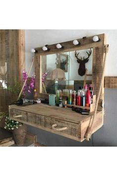 Rustic Makeup Vanity, Rustic Vanity, Wooden Vanity, Diy Vanity, Makeup Vanities, Vanity Desk, Vintage Vanity, Diy Pallet Vanity, Bathroom Vintage