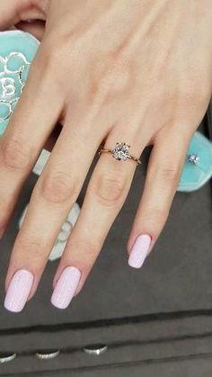 Cute Engagement Rings, Halo Diamond Engagement Ring, Oval Engagement, Simple Elegant Engagement Rings, Diamond Rings, Gold Ring Designs, Wedding Ring Designs, Bridal Rings, Wedding Rings