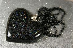 Glitter resin necklace